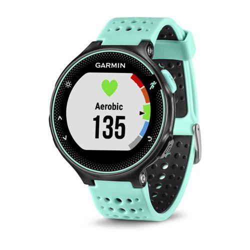 Monitor cardíaco de pulso com GPS Garmin Forerunner 235